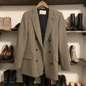Aritzia Babaton blazer size 10 (m-l) I'm a medium